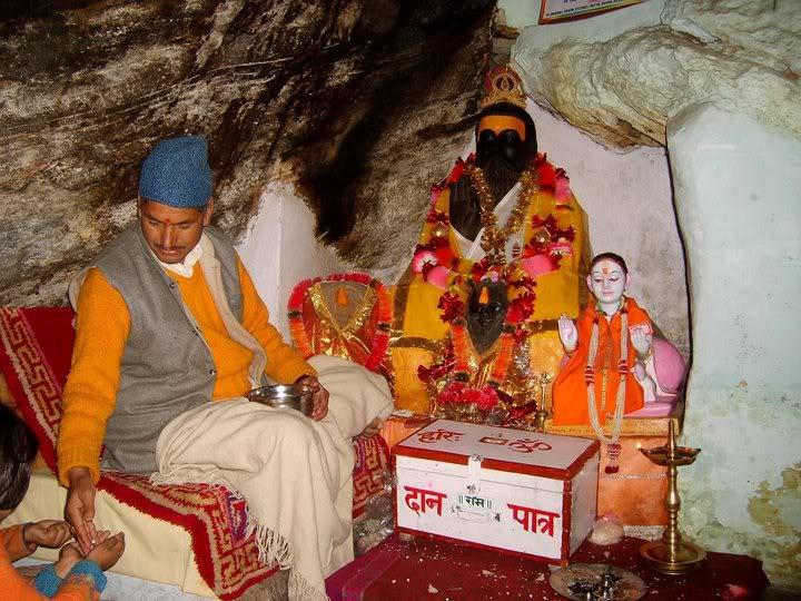 Vyas & Ganesh-Gufa