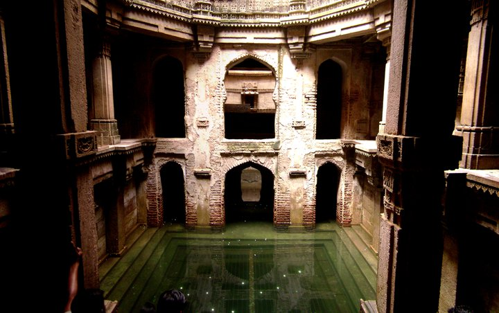 adalaj step well ahmedabad