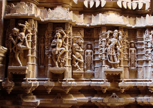 jain temples in fort jaisalmer