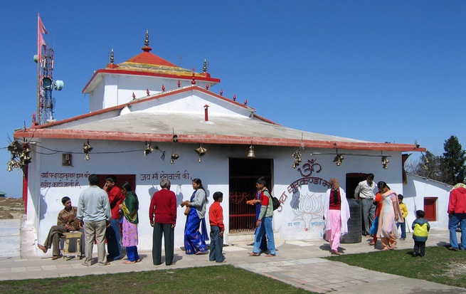 Dhanaulti Temple