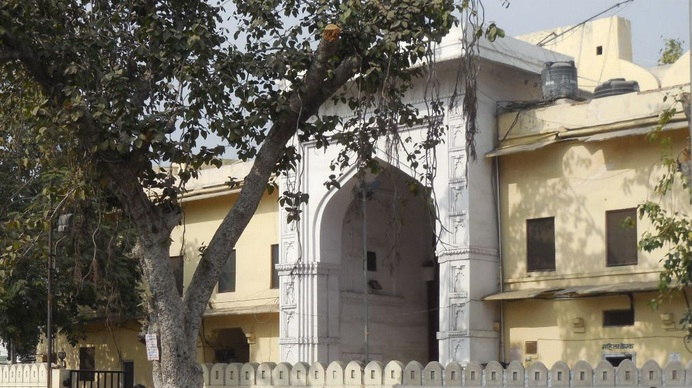 delhi gate udaipur