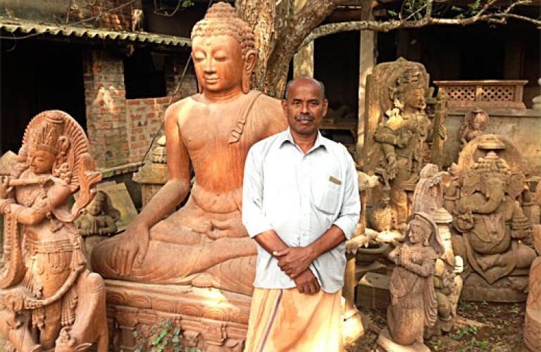 Stone-Carvers-village-odisha