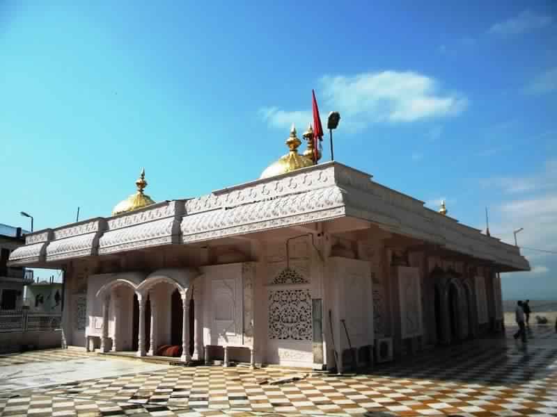 jwalamukhi temple kangra