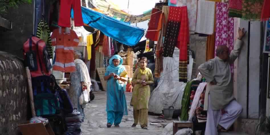 pragpur market